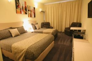 Adelaide Granada Motor Inn - Accommodation Brunswick Heads