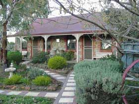 Langmeil Cottages - Accommodation Brunswick Heads