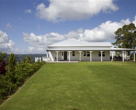 Montville Lake Terrace - Accommodation Brunswick Heads