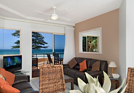 Coolum Baywatch Resort - Accommodation Brunswick Heads