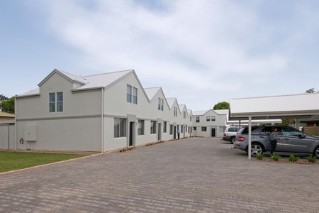 Hello Adelaide Motel  Apartments - Accommodation Brunswick Heads