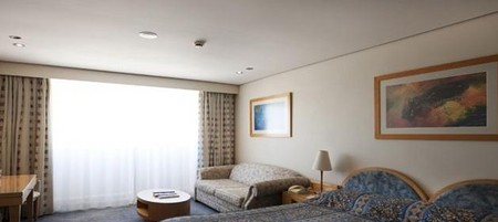 Coogee Sands Hotel And Apartments On The Beach - Accommodation Brunswick Heads
