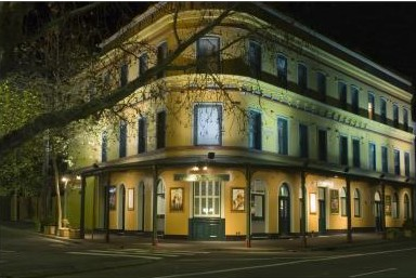 The Royal Exhibition Hotel - Accommodation Brunswick Heads