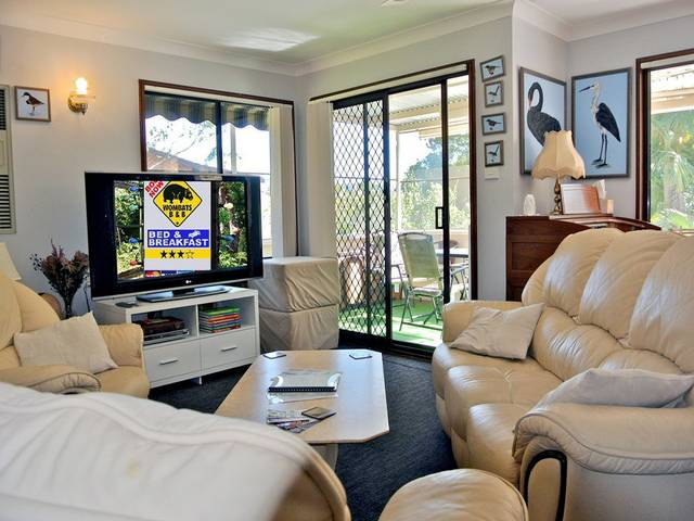 WOMBATS BB - Apartments - AAA 3.5 rated Gosford - Accommodation Brunswick Heads