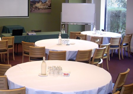 Best Western The Tudor Box Hill - Accommodation Brunswick Heads
