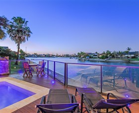 Kurrawa Cove at Vogue Holiday Homes - Accommodation Brunswick Heads