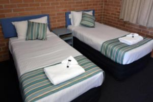 The Oaks Hotel Motel  - Accommodation Brunswick Heads