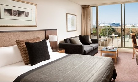 Quay West Suites Melbourne - Accommodation Brunswick Heads