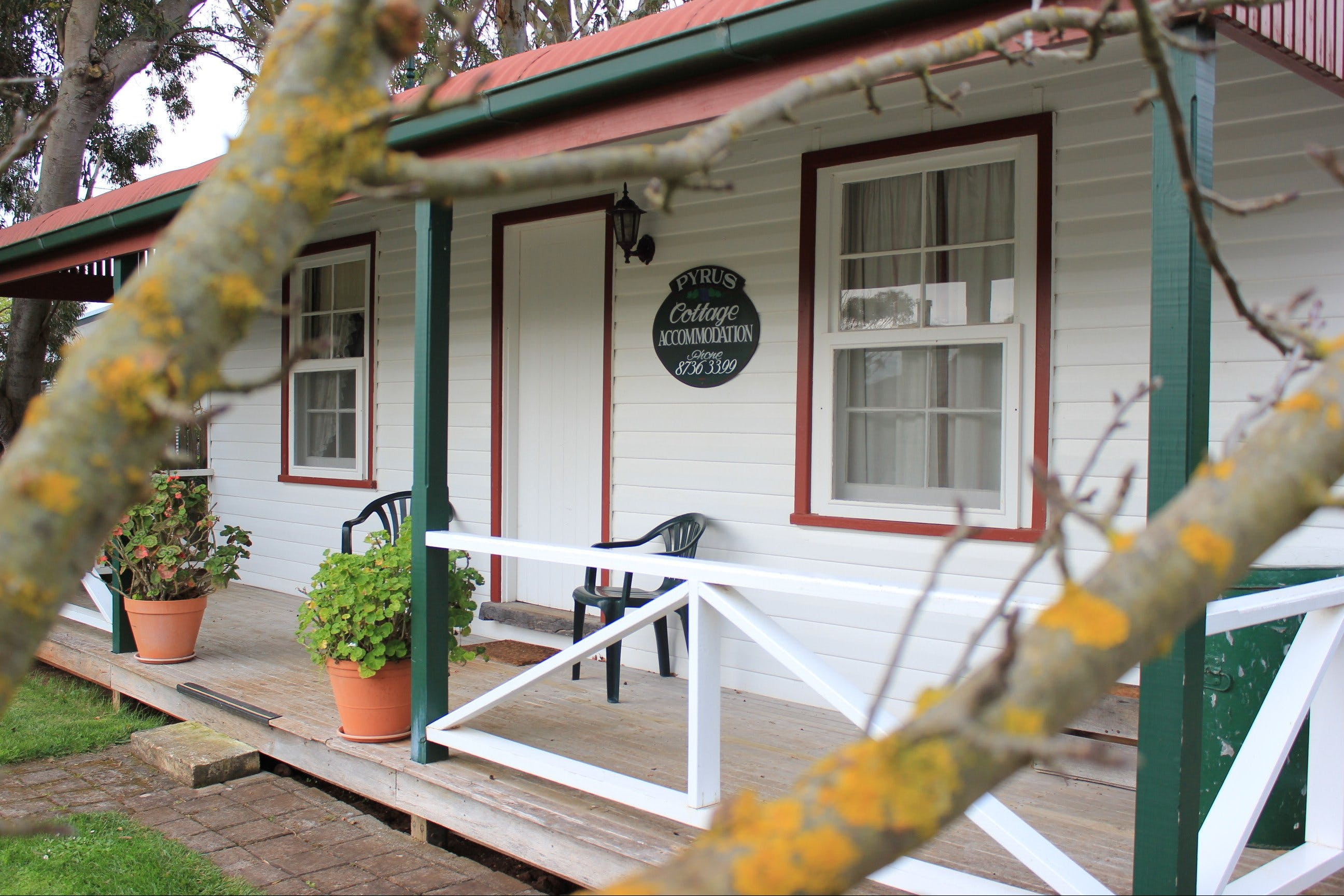 Coonawarra's Pyrus Cottage - Accommodation Brunswick Heads