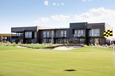 Golf Retreats Torquay - Accommodation Brunswick Heads