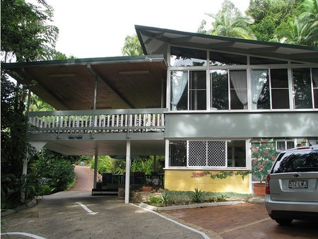 Tree Tops Lodge Cairns - Accommodation Brunswick Heads