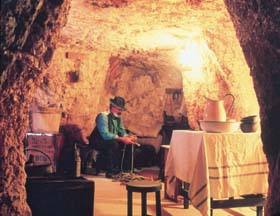 Umoona Opal Mine And Museum - Accommodation Brunswick Heads