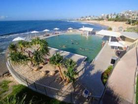 Kings Beach - Beachfront Salt Water Pool - Accommodation Brunswick Heads