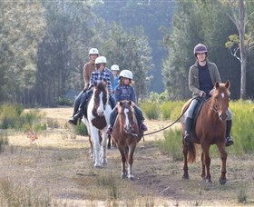 Horse Riding at Oaks Ranch and Country Club - Accommodation Brunswick Heads