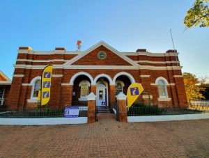 Cobar Visitor Information Centre - Accommodation Brunswick Heads