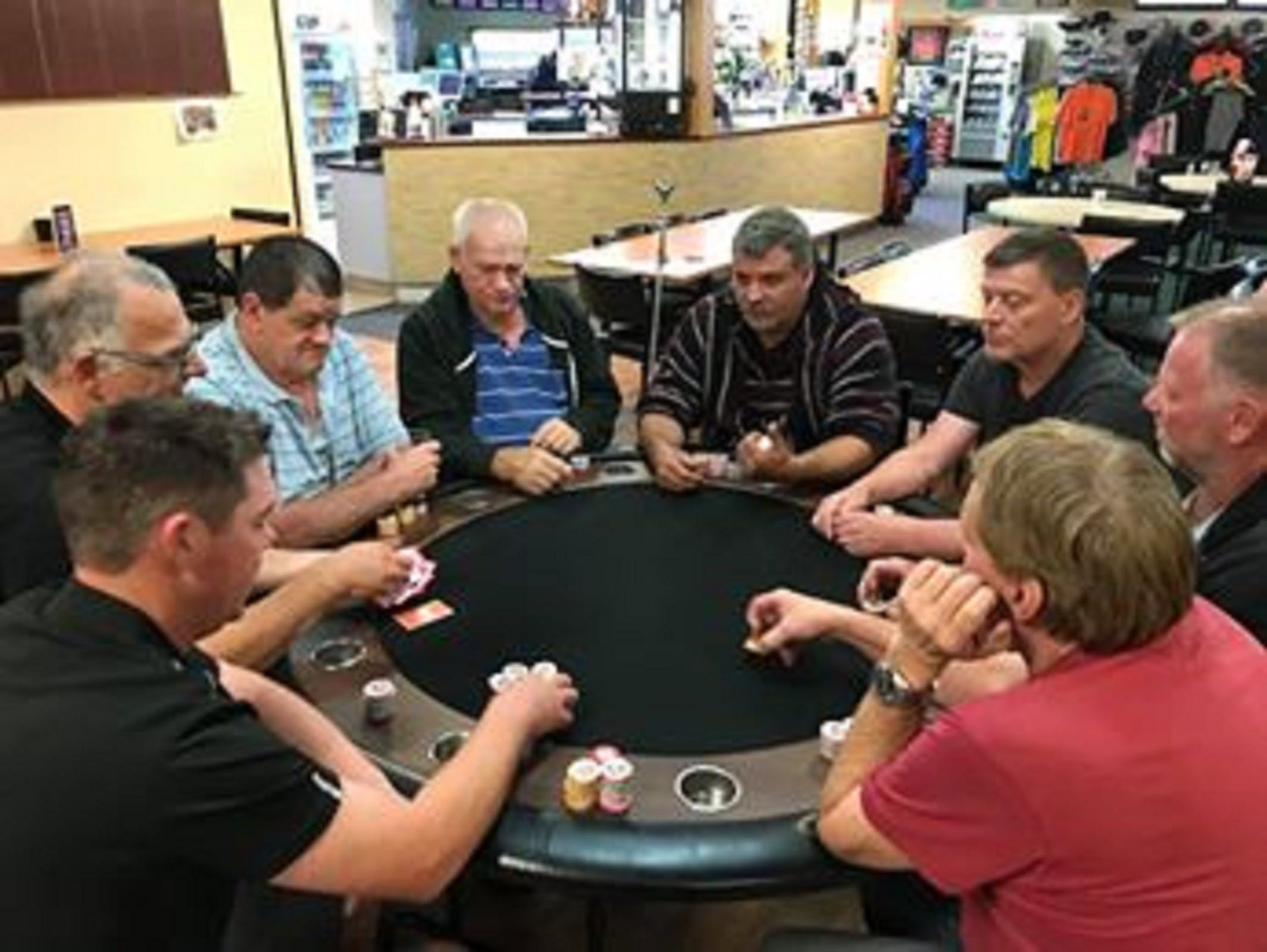 Numurkah Golf and Bowls Club - Poker Wednesday - Accommodation Brunswick Heads