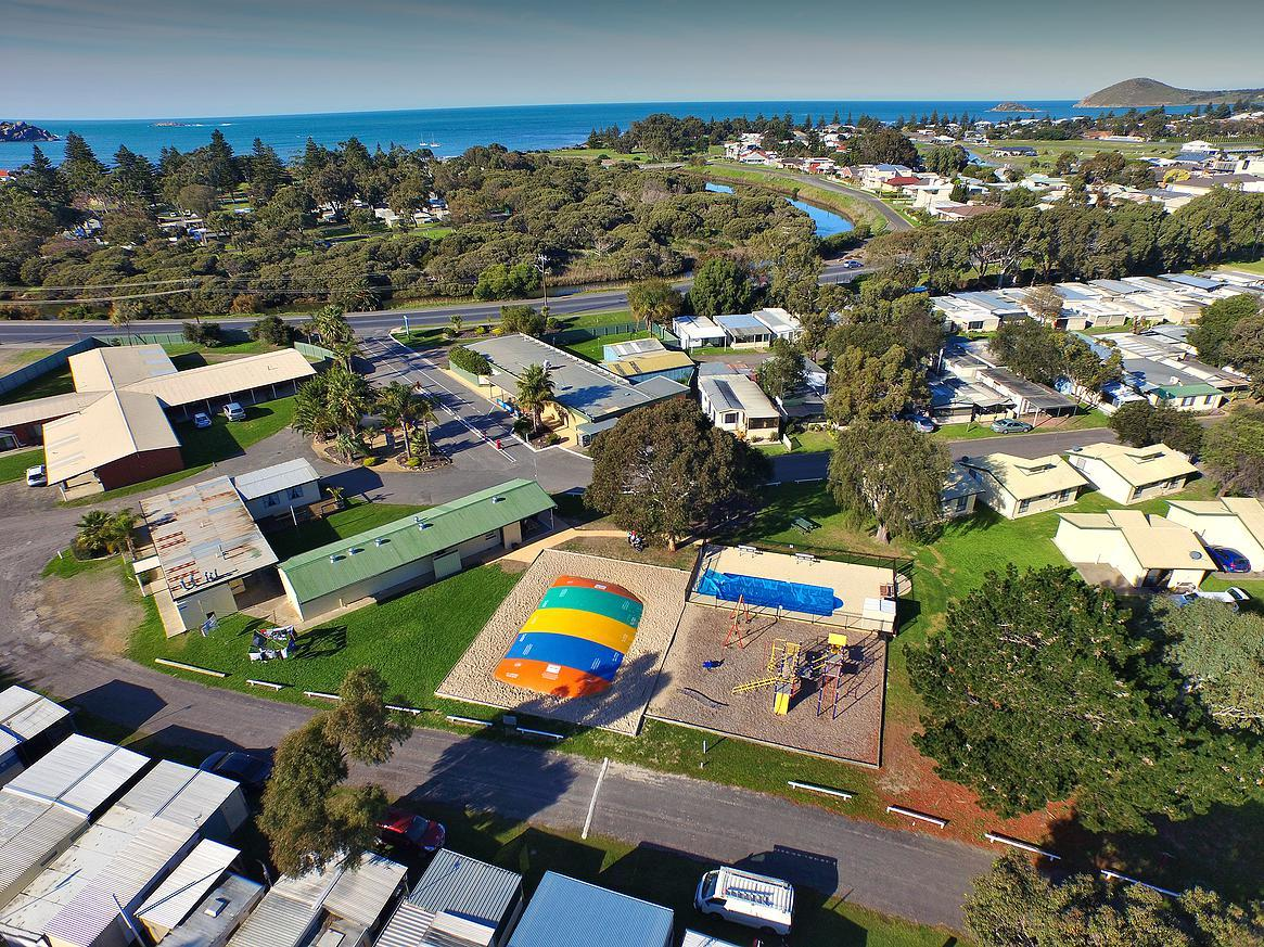 Victor Harbor Holiday  Cabin Park - Accommodation Brunswick Heads